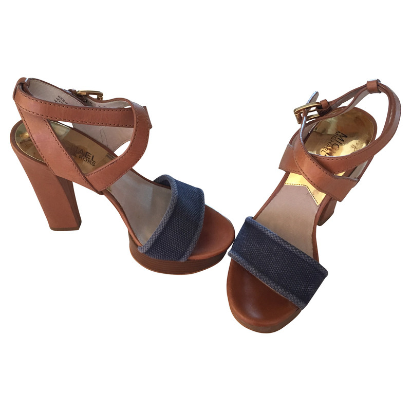 michael kors sandaletten second hand michael kors sandaletten gebraucht kaufen f r 79 00. Black Bedroom Furniture Sets. Home Design Ideas