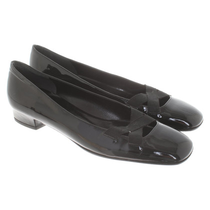 Salvatore Ferragamo Patent leather ballerinas