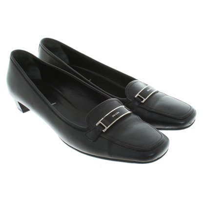 Prada Slipper in black
