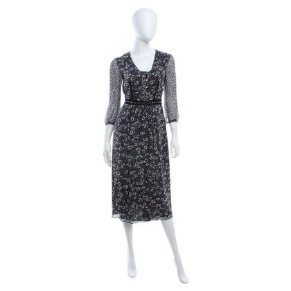 Burberry Silk dress with floral pattern