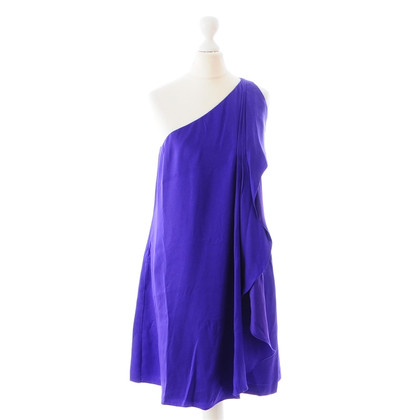 Halston Heritage Robe de soie dans la coupe asymétrique