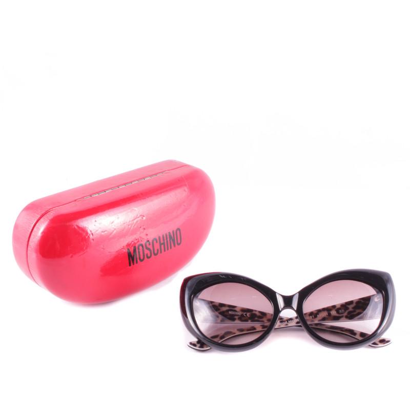 Moschino Black glasses