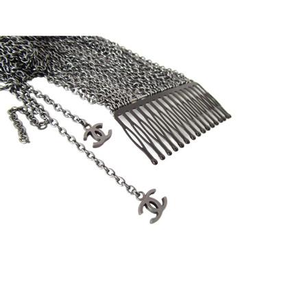 Chanel CHANEL Haarkamm mit baumelnden Kettchen = Couture Extensions mit CC Logos