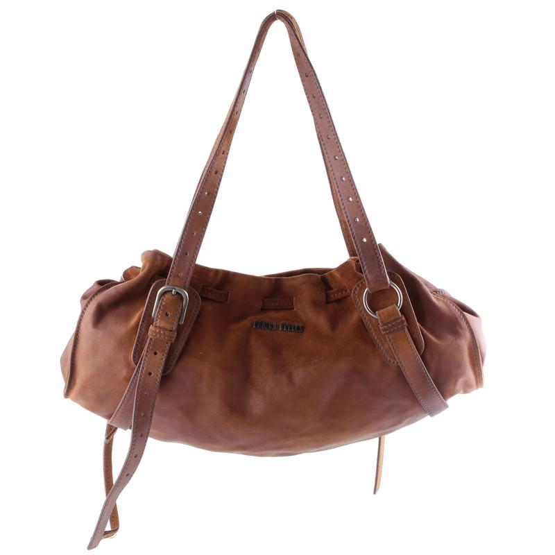 miu miu braune wildledertasche second hand miu miu braune wildledertasche gebraucht kaufen f r. Black Bedroom Furniture Sets. Home Design Ideas