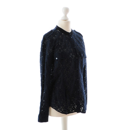 Closed Lace blouse