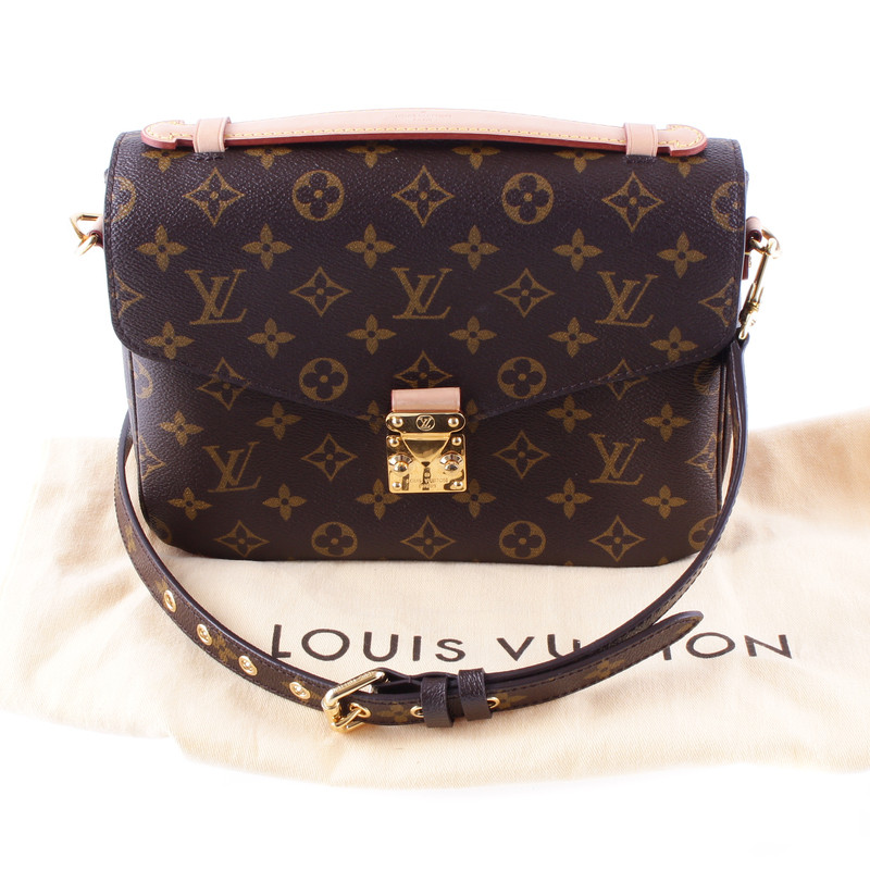 louis vuitton louis vuitton pochette metis monogram of canvas top buy second hand louis. Black Bedroom Furniture Sets. Home Design Ideas