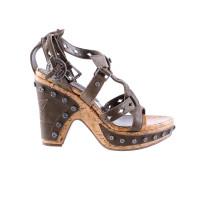 christian dior sandaletten mit nieten und korksohle second hand christian dior sandaletten mit. Black Bedroom Furniture Sets. Home Design Ideas