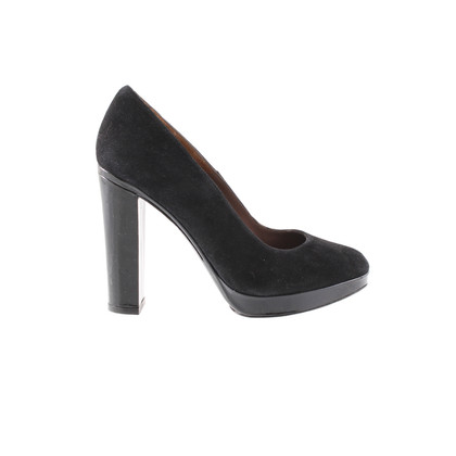 Paco Gil Fine suede leather pumps