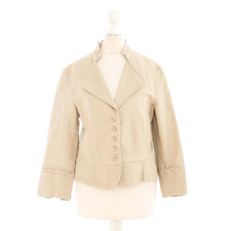 Noa Noa Short Blazer in beige