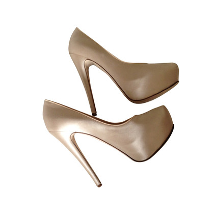 Ermanno Scervino Satin platform pumps in nude