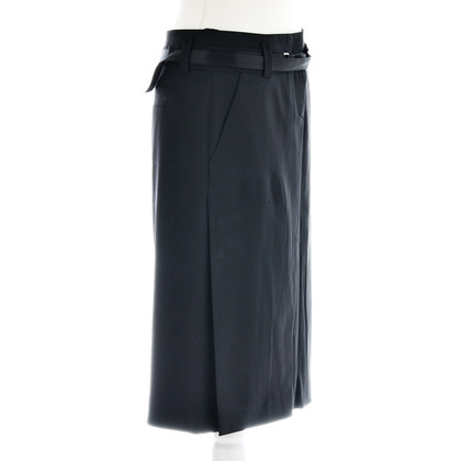 Hugo Boss Skirt with satin belt