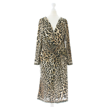 Leonard Silk dress with a Leo look