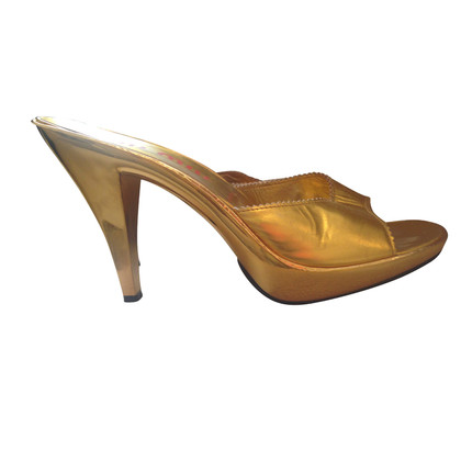 Miu Miu Gold-colored peep-toes