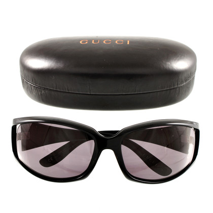 Gucci Sonnenbrille mit Cut-Out