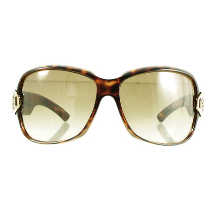 Gucci Oversize sunglasses