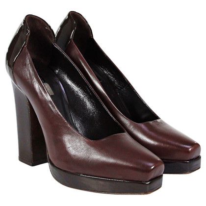 Calvin Klein Brown pumps