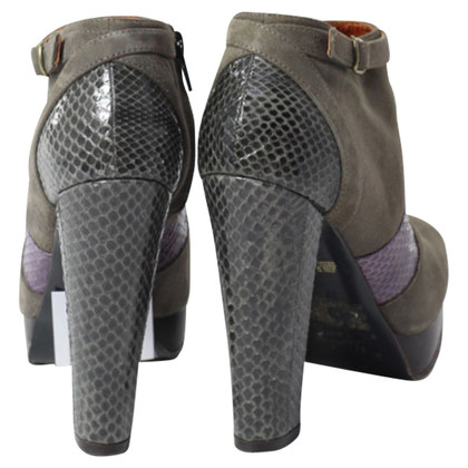 L'autre Chose grey ankle boots with snake imitation