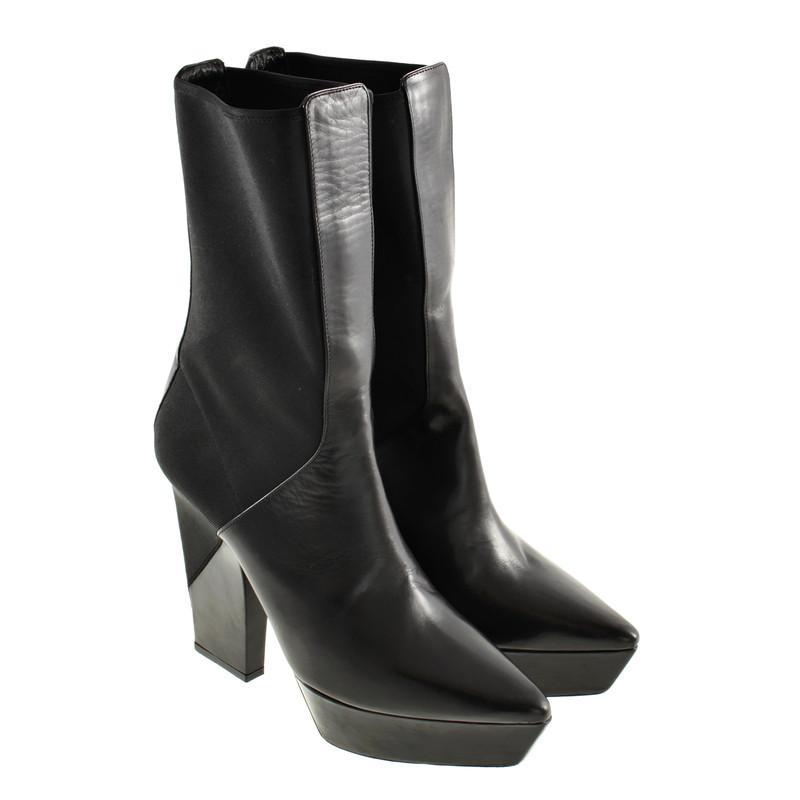 Jil Sander Black platform ankle boots