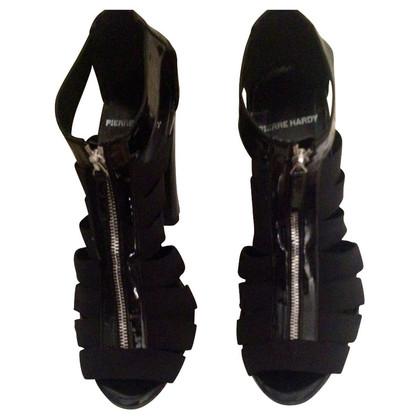Pierre Hardy Zwarte strappy sandalen