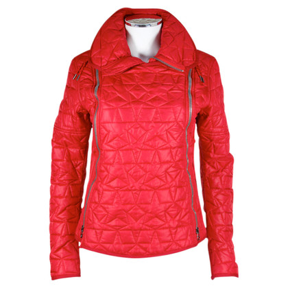 Jet Set Rote Steppjacke