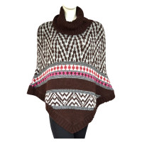 Laurèl Strickponcho mit Muster