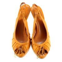 Christian Dior Curryfarbene peep-toes