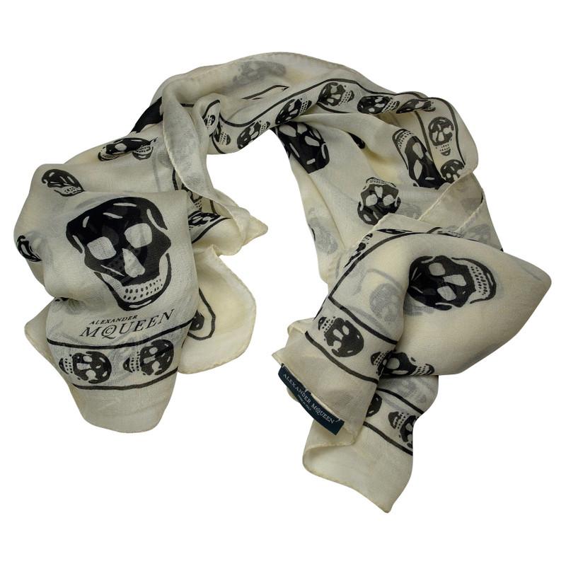 Alexander McQueen Tuch mit Skulls