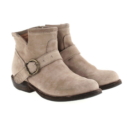 Fiorentini & Baker Suede leather ankle boot in nude