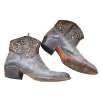 Frye Leather boots in Brown