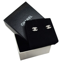 chanel cc logo oorbellen koop tweedehands chanel cc logo oorbellen voor 299 00 78383. Black Bedroom Furniture Sets. Home Design Ideas