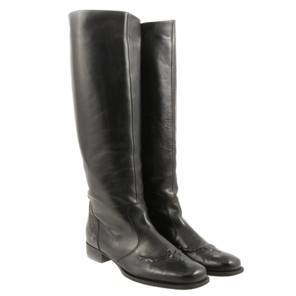 Bottega Veneta Black boots with embossing
