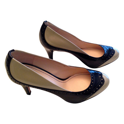 Navyboot Pumps with perforations