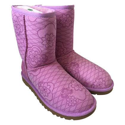 Ugg Purple boots with flora pattern