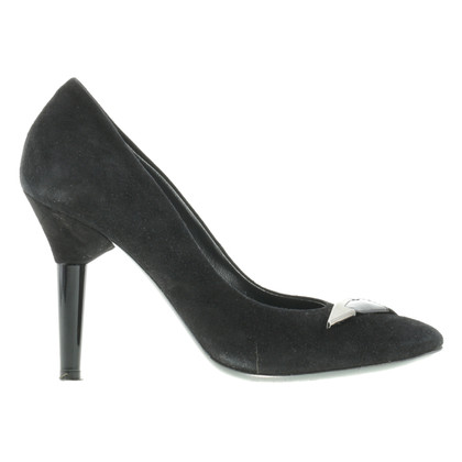 Vic Matie pumps in black