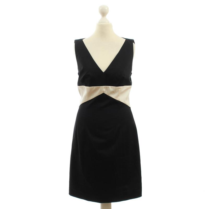 Hugo boss robe noir et blanc kajana acheter hugo for Robe de mariage hugo boss