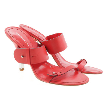 BCBG Max Azria Sandal in red