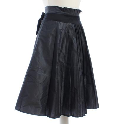 Karen Millen skirt with a decorative bow