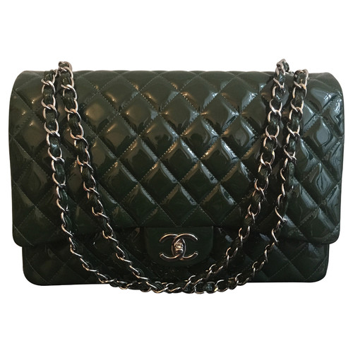 2aa177de74b40 Chanel Flap Bag Maxi in Grün - Second Hand Chanel Flap Bag Maxi in ...