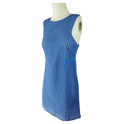 Pinko Blauwe jurk met kantpatroon