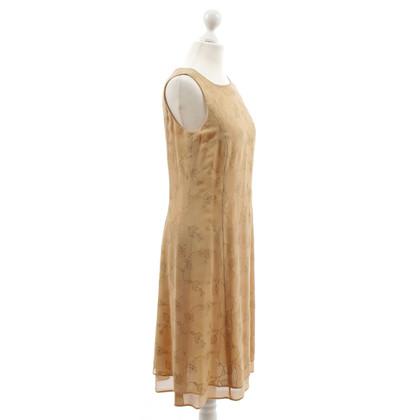 Rena Lange Embroidered sheath dress