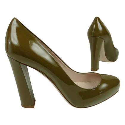 Miu Miu Patent leather pumps in khaki-Green