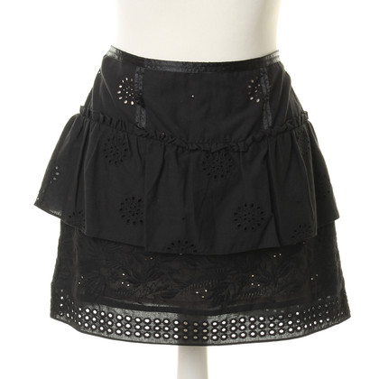 Juicy Couture skirt with lace pattern