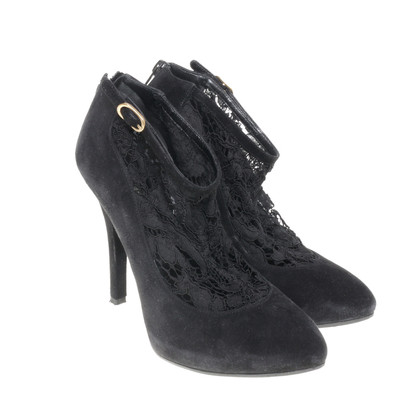 Dolce & Gabbana Ankle boots with lace