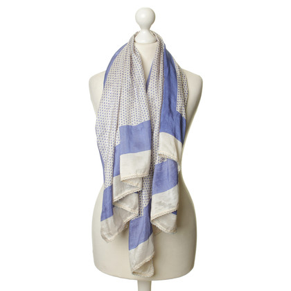 Closed Scarf with decorative trim