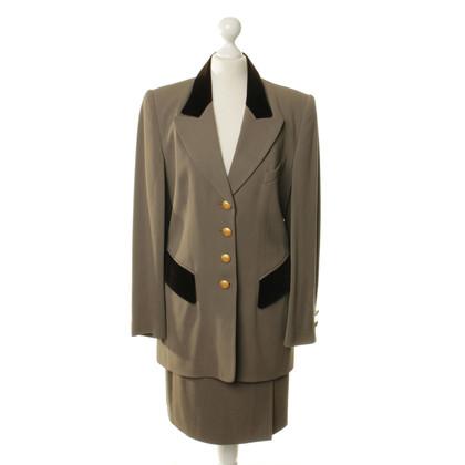 Rena Lange Costume con velluto trim