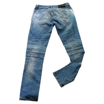 Pierre Balmain Stretch jeans in de verwoeste look