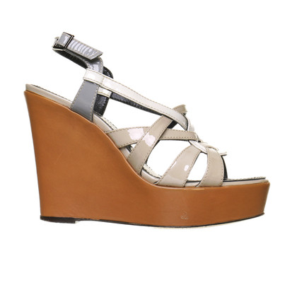 Barbara Bui Wedges mit Lackleder-Riemchen