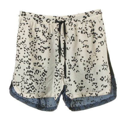 Other Designer 8 PM - Leo-print shorts