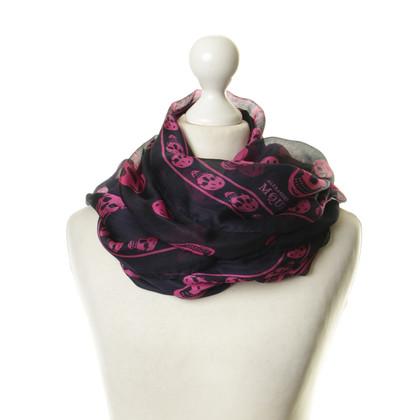 Alexander McQueen Silk scarf with skull print