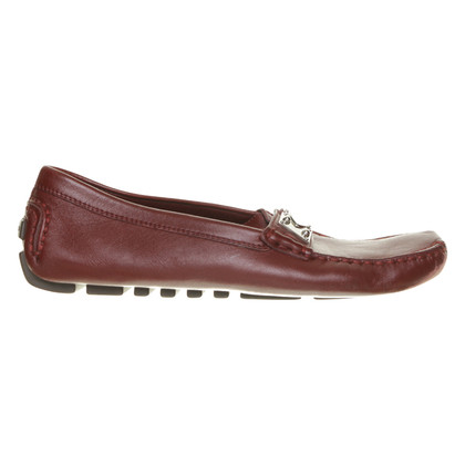 Louis Vuitton Loafer in Burgundy